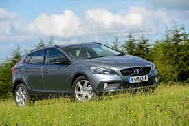 volvo v40 cross country d4 manual lux nav review greencarguide co uk