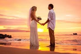 aloha spirit 101 an intro to hawaiian wedding traditions mywedding
