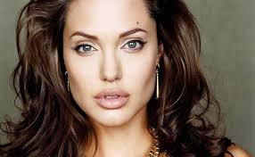 angelina jolie height weight age and body measurements