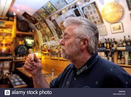 Kreis Bad Kreuznach Horst Kroll In Whisky Museum Stockfotos U0026 Horst Kroll In Whisky