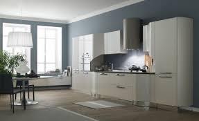 cuisine bleu pastel peinture cuisine avec meubles blancs 30 idées inspirantes