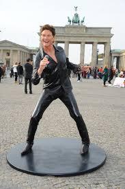 David Hasselhoff Meme - wax statue of david hasselhoff album on imgur