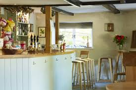 swallowcliffe village inn award winning pub with great food six