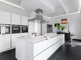 weiss kche mit kochinsel stunning weiss kche mit kochinsel images home design ideas