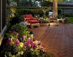 immagini di giardini fioriti come avere un giardino sempre fiorito nel mese di giugno