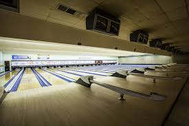 11 best bowling alleys in los angeles to knock some pins
