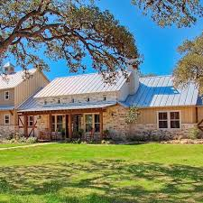 17 best ideas about texas ranch on pinterest hill 17 best ideas about hill country homes on pinterest metal barn