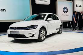 volkswagen germany updated 35 8 kwh volkswagen e golf now on sale in germany priced
