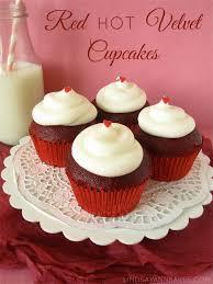 red velvet cupcakes cinnamon red velvet cupcakes lindsay
