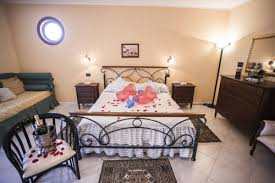 hotel con vasca idromassaggio in varcaturo hotel miramare marina di varcaturo cania italia