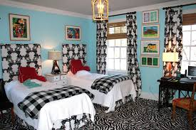 accent colors for black and white home design ideas bedroom black white and yellow designs ely bat