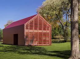 The Barn Westport Minimalist U0027red Barn U0027 A Sleek Take On Country Classic Curbed