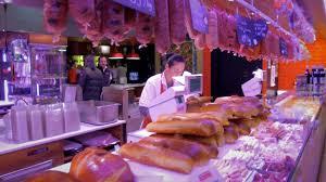 la meilleure cuisine balade à lyon au coeur de la meilleure gastronomie du monde euronews
