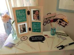 themed photo booth trendwatch travel themed bridal shower plan a wedding