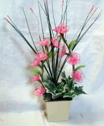 composition florale avec des roses les créations de bibifil