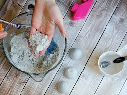 how to make fragrant fizzy bath bombs at home for