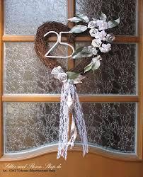 geschenke zum 25 hochzeitstag die besten 25 silberhochzeit ideen auf silber