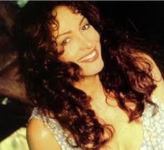 short hair female cnn anchor lynne russell cnn headline news 1983 2001 survives gunfight with