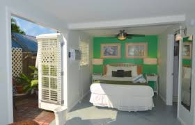 rent royal poinciana garden house bed u0026 breakfast key west