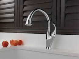 delta touch2o kitchen faucet delta kitchen faucet touch2o faucet ideas