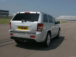 jeep grand cherokee srt 8 uk 2007 picture 10 of 23