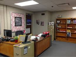 Therapist Office Decorating Ideas 22 Original Office Decorating Ideas Yvotube Com