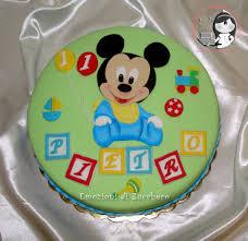 baby mickey cake baby disney gateau bébé mickey pinterest