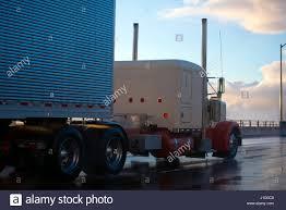 international semi truck old international truck stock photos u0026 old international truck