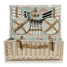 best picnic basket from wicker to tiffin boxes the best picnic hers metro news
