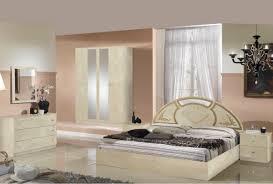 ensemble chambre complete adulte chambre photo des chambre a coucher olinda laque ivoire et dore