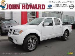 white nissan frontier 2011 nissan frontier pro 4x crew cab 4x4 in avalanche white