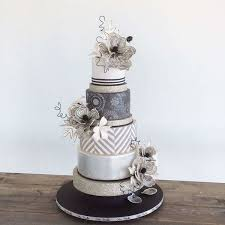 silver wedding cakes sparkling metallic wedding cakes mywedding