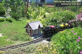 Family Garden - garden railroad photo gallery