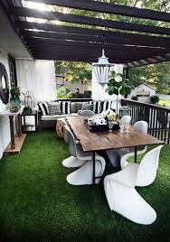 Outdoor Livingroom One Room Three Looks A Classy Modern Outdoor Living Room The