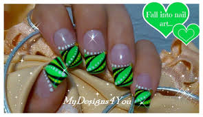 abstract nail art design green french tip nails абстрактный
