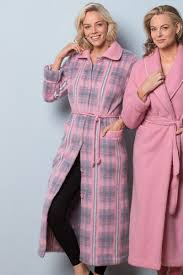 robe de chambre pyrenees la robe de chambre boutonnée nuit robes de chambre chemises de