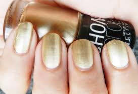 maybelline color nail in bold gold swatches review