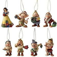 Jim Shore Christmas Ornaments Uk by Disney Traditions Snow White And The Seven Dwarfs Jim Shore