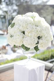 White Roses Centerpieces by Best 25 Hydrangea Centerpieces Ideas On Pinterest Wedding