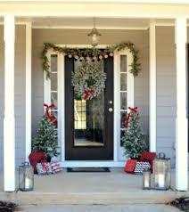 40 farmhouse christmas porch decor ideas homeylife com