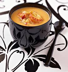 cuisiner les langoustines velouté de potiron au lait de coco et langoustines rôties les