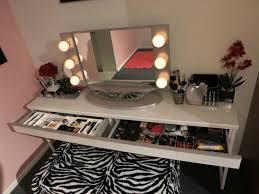 Makeup Vanity With Lighted Mirror Makeup Vanity Table With Lighted Mirror U2014 Unique Hardscape Design
