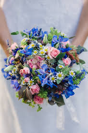 blue wedding flowers should you diy your wedding flowers 10 dos don ts to help you