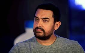 Aamir Khan Meets Teenage Fan With Rare Condition That Makes Him