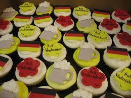 wedding cake places near me cupcake fabulous custom cakes and cupcakes speciality cupcakes