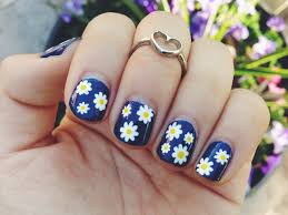 easy daisy print nail art youtube