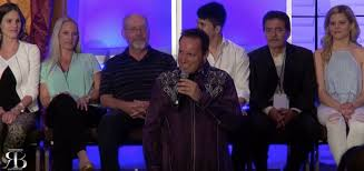 hypnotist for hire corporate hypnosis shows world renowned comedy stage hypnotist