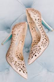 gold shoes for wedding best 25 gold wedding shoes ideas on gold