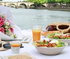 cuisine crudivore summer dining picnic hers shops and restaurants