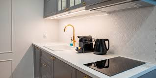 is it a mistake to paint kitchen cabinets painting kitchen cabinets don t make these 10 common mistakes